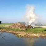 L`entretien d`un jardin de cette taille implique beaucoup de déchets qui sont brûlés au début du printemps.